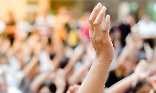 Den Mut zu haben, die Hand zu heben und sich für gesellschaftsrelevante Themen einzusetzen, das ist politisches Handeln