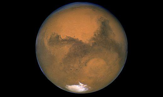Mit 6.781 Kilometern ist der Marsdurchmesser nur halb so groß wie der Erddurchmesser