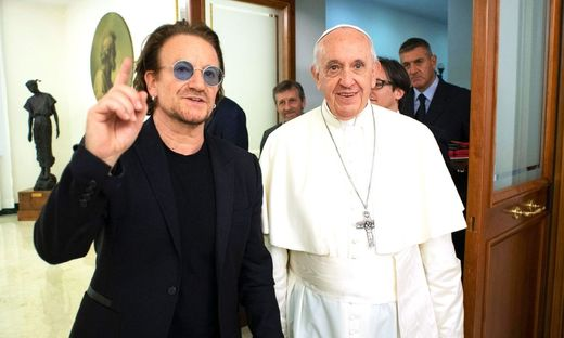 VATICAN-RELIGION-MUSIC-POPE-BONO