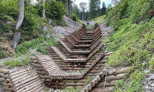 Mit aufwendigen Verbauungen wird das Siedlungsgebiet vor Wasserschäden geschützt