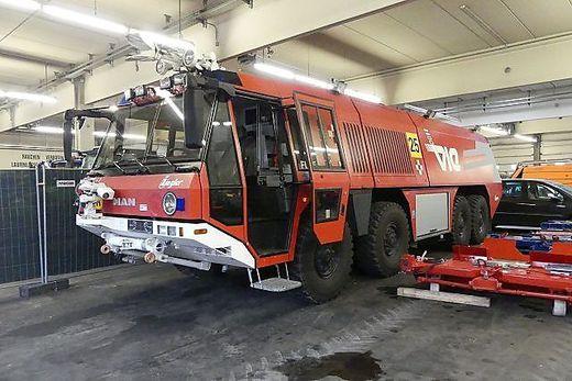 Auch Feuerwehrautos kommen unter den Hammer