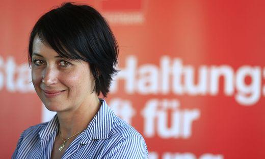 Martina Schröck hat heute ihren Rücktritt aus der Politik bekannt gegeben