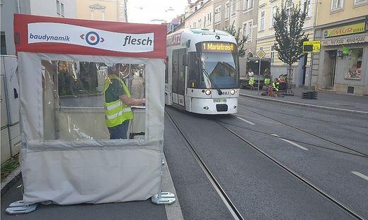 Neulich in der Leonhardstraße: Was steckt hinter diesem Standl?
