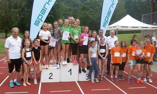Die Mädchen und Burschen zeigten beim Bezirkssportfest tolle Leistungen