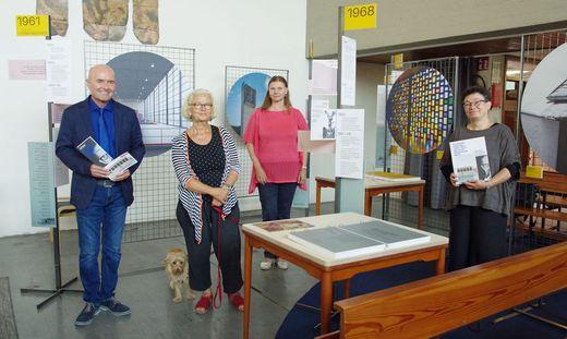 Kulturstadtrat Helmut Pekler, Schuster-Tochter Anna-Maria Schuster-Kovacic, Museumleiterin Sabine Krenn, Baudirektorin Sabine Christian