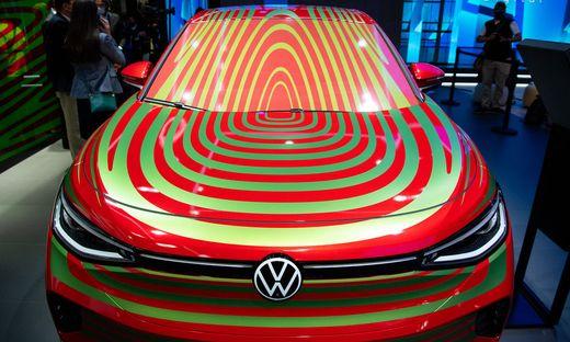 """VWs Studie """"ID.5 GTX"""" auf der IAA in München"""