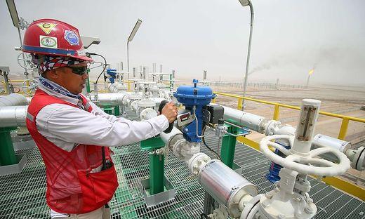 FILES-OPEC-ECONOMY-OIL-POLITICS