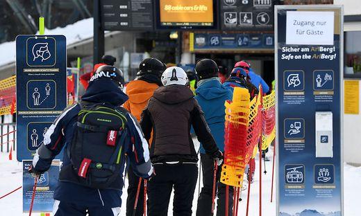 Welche Regeln im Winter für die Seilbahnen gelten werden, stellen die zuständigen Minister am Montag vor.