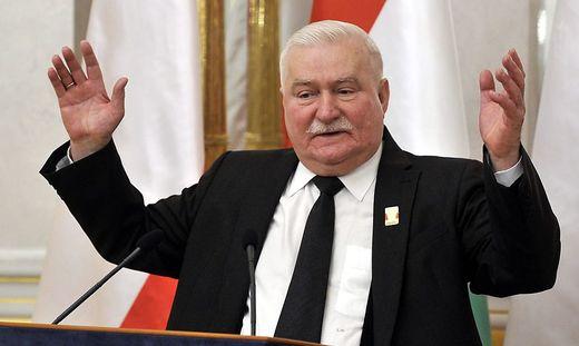 HUNGARY LECH WALESA HONOURED