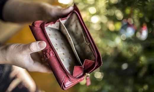 Immer mehr Kärntner sind in der Coronakrise auf finanzielle Hilfe angewiesen (Symbolfoto)