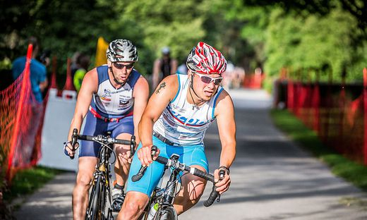 Kleine Zeitung Company Triathlon den Auftakt zur IRONMAN AUSTRIA Rennwoche Siegerehrung