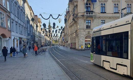 21. November 2021, gegen 12 Uhr: Die Grazer Innenstadt ist ruhig