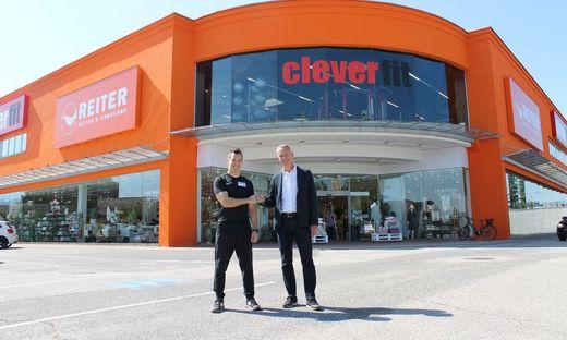 1 CleverFit Studioleiter Niki mit LILIHILL Geschäftsführer Dieter Matjasic bei der Eröffnung