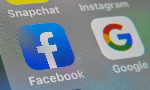 Die US-Onlineriesen Google und Facebook sollen für die Nutzung journalistischer Inhalte zahlen