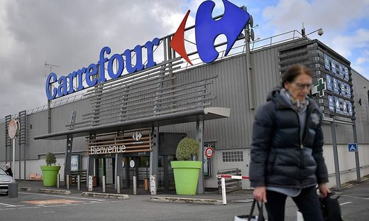 FILES-FRANCE-ECONOMY-CARREFOUR