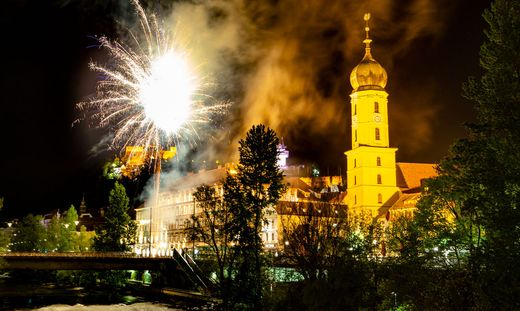112 Jahre Sturm: Fans gratulierten mit einem Feuerwerk
