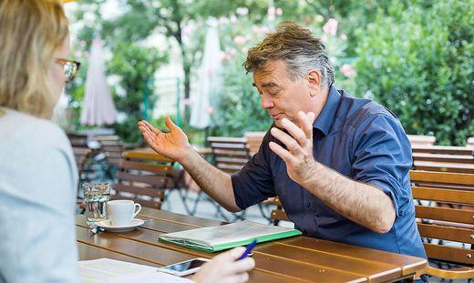 Werner Kogler Chrsinta Traar Interview Wild Radetzkyplatz by Akos Burg