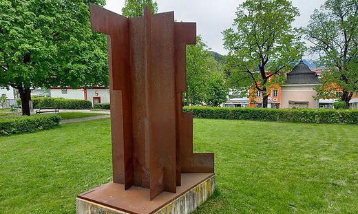 Pillhofer-Skulptur im Dietrichpark von Mürzzuschlag