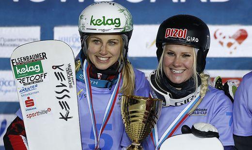 Sabine Schöffmann (links) mit Siegerin Julie Zogg