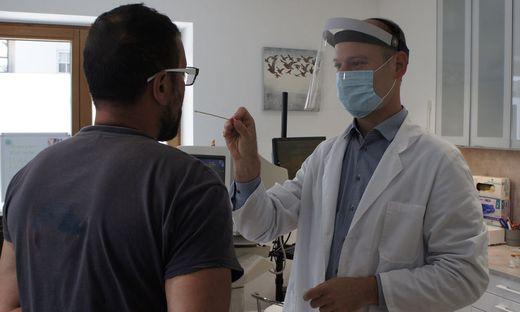 Erweiterung der Coronavirus - PCR Test Kapazitaet im Tiroler Unterland