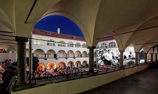 Kärntens schönstes Kino, der Burghof in Klagenfurt