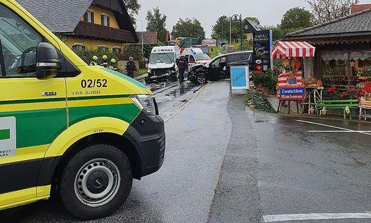 Grünes Kreuz, Rotes Kreuz, Notarzt, Polizei und Feuerwehr waren im Einsatz