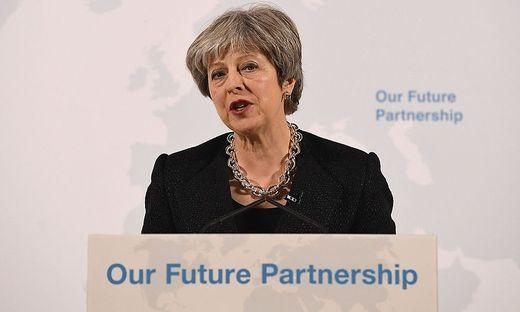Britische Premierministerin May erwartet nach Brexit schwierigere Marktzugänge für EU und Großbritannien