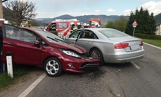 Zwei Fahrzeuge waren gegen 16 Uhr kollidiert