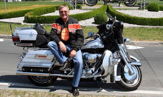 Eines seiner liebsten Hobbys war das Cruisen mit seiner Harley Davidson