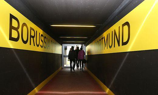 Das Stadion in Dortmund musste kurzerhand geräumt werden