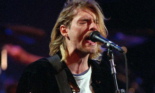 Kurt Cobain bei einem Aufritt im Jahr 1992