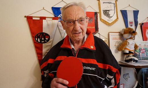 Geehrt vom Österreichischen Tischtennisverband: Hermann Moritz war über Jahrzehnte aktiver Spieler