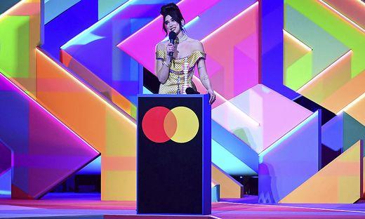 Dua Lipa heimste zwei Brit Awards ein