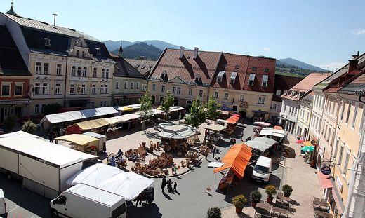 Der Hauptplatz wird im Mai zum Marktplatz