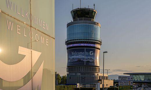 Der Flughafenturm in Graz