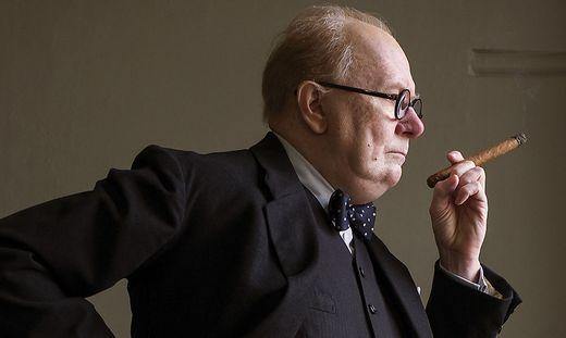 Gary Oldman als Winston Churchill