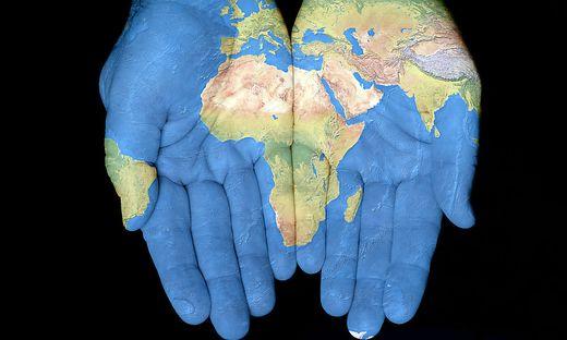 Felwine Sarr denkt über die Zukunft von Afrika nach