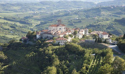 Das slowenische Dorf Šmartno wurde zum Kulturdenkmal erklärt.