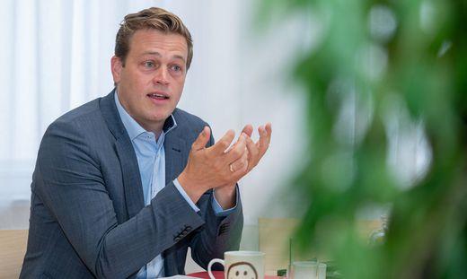 INTERVIEW: STEFAN KAINEDER