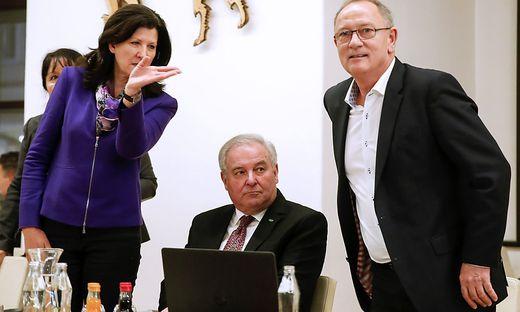 Schützenhöfer im Parteivorstand: Entschlossenheit für die Koalitionsverhandlung.