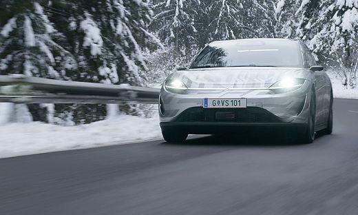 Vision-S auf den verschneiten Straßen der Steiermark