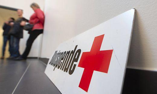 Fotos waehrend einer Blutspendeaktion des Deutschen Roten Kreuzes (DRK) am 18.03.2020 im Steigerwaldstadion in Erfurt.