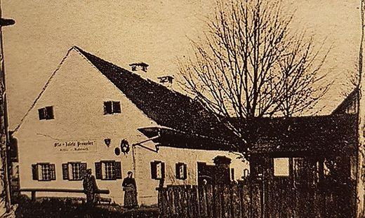 1894 befand sich hier das erste Amtshaus der Vorschusskasse
