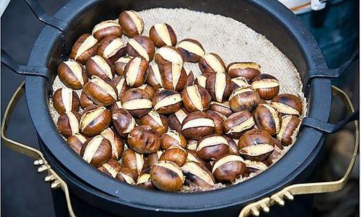 Vorerst werden Kastanien serviert, ab Mitte Oktober dann Maroni