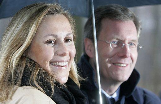 Bettina Wulff soll gegen ihren Mann aussagen - wulff130413
