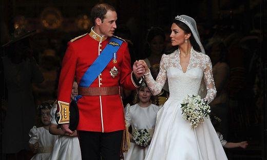 FILES-BRITAIN-US-ROYALS-WEDDING-HISTORY-THREE