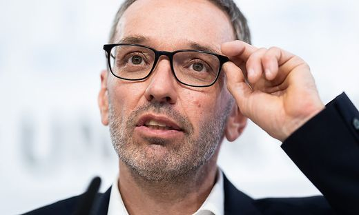 """Herbert Kickl: """"Keine Einschränkungen mehr nötig"""""""