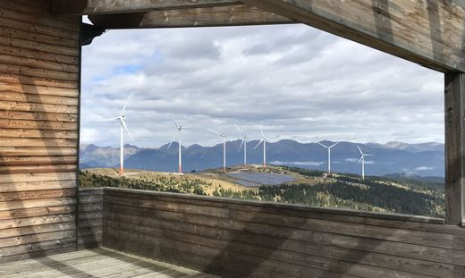 Wenige Hundert Meter vom Tauernwindpark (Bild) sollen Richtung Süden neue Windräder entstehen