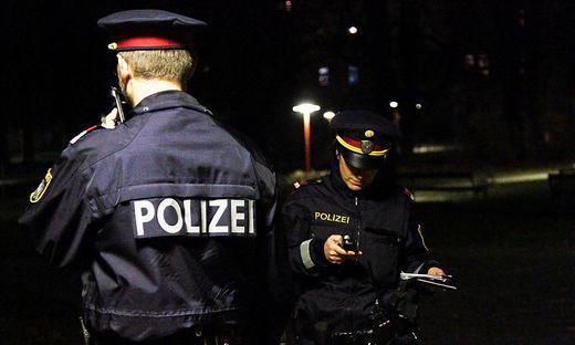 Die Polizei war kurz nach dem Anruf vor Ort (Sujetbild)
