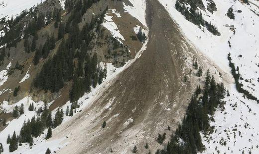 Mächtiger Felssturz am Arlberg